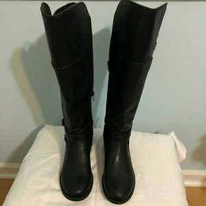 NEW Guess Black boots
